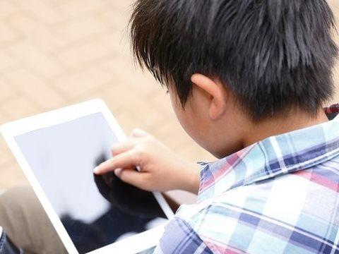 6%學童7歲前就看過色情媒體