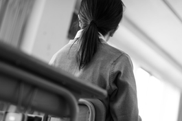 北一女學生墜樓意外,事發前攀坐女兒牆